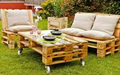 39 Ideas about Pallet Outdoor Furniture for Modern Look Wooden Pallet Furniture Pallet Lawn Furniture, Pallet Furniture Designs, Outdoor Furniture Plans, Diy Garden Furniture, Outside Furniture, Pallet Designs, Furniture Ideas, Wooden Furniture, Furniture Redo