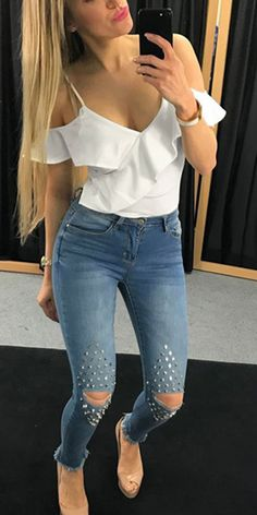 Dress Outfits, Casual Outfits, Fashion Outfits, Pretty Outfits, Cute Outfits, Choice Fashion, Womens Ripped Jeans, Fashion Drawing Dresses, Popular Outfits