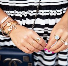 Julia Engel of Gal Meets Glam shows off her engagement ring with a stack of more jewelry Pretty Engagement Rings, Antique Engagement Rings, Fashion Rings, Fashion Jewelry, Thin Gold Chain, The Bling Ring, Gal Meets Glam, Minimalist Necklace, Look