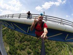 Espectacular #selfie de #BASEJump con  la #Drift Ghost-S! #LiveOutsideTheBox.