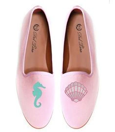 seahorse clam loafers