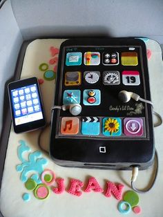 iphone cake, so cute! includes favorite aps and earbuds. looks like fondant