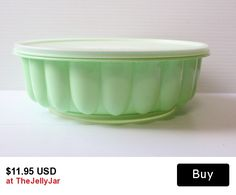 Vintage green Tupperware Salad/Jello Mold