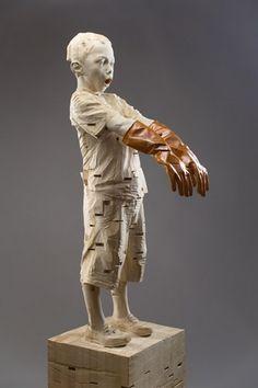 GEHARD DEMETZ - tallando en madera