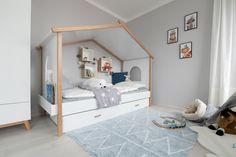 Das Kinderzimmer im neu umgestalteten Trend 146 W ist ein wahrer Kindertraum. Trends, Toddler Bed, Furniture, Home Decor, Blue Lagoon, Child Bed, Interior Design, Home Interior Design, Arredamento