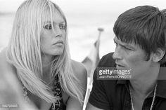 Brigitte Bardot et Alain Delon en août 1968 à Saint-Tropez, France .