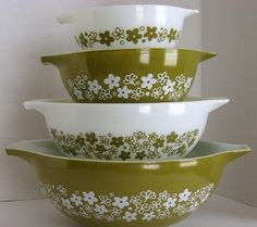 springblossom_pyrex just purchased the 2 larger ones for $7 total! from thrift store!
