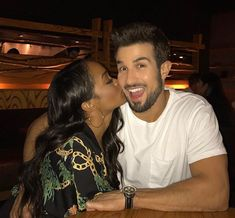 "Rachel Lindsay and fiance Bryan Abasolo admit relationship was ""difficult"" right after 'The Bachelorette' Rachel Lindsay and Bryan Abasolo painted a perfect picture for The Bachelorette fans once they went public with their relationship earlier this year but now the pair admits they put on alittle bit of a show. #TheBachelorette #Bachelorette"