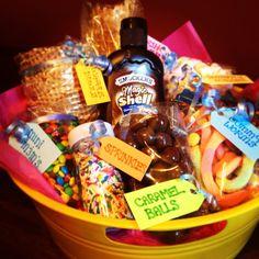 Homemade ice cream sundae gift basket! #DIY #summer #present