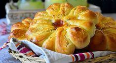 Pain brioché à la noix de coco de délicieux pain brioché à la noix de coco qui sont idéal pour le...
