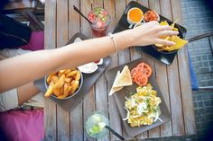 20 señales de que aprendiste a comer en Cuba