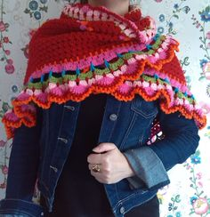 Inspiration - More like this one at http://www.ambela.nl/categorie/50257/sjaals-en-omslagdoeken