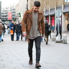 """coolcosmos: """"Kosta W. """" Daily streetwear over here Urban Fashion, Daily Fashion, New York Fashion, Men Looks, Mode Man, Mens Boots Fashion, Fashion Men, Men With Street Style, Casual Outfits"""