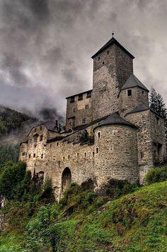 Castello di Tures (XIII). Campo Tures, Val di Tures, Trentino-Alto Adige, Italia.