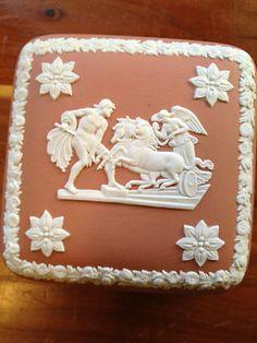 Wedgewood Terra Cotta Jasper trinket box with lid Ulysses