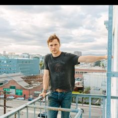 Instagram post by William Moseley Fans • Jun 29, 2021 at 9:11am UTC William Moseley, Fandoms, Jun, Instagram Posts, Mens Tops, T Shirt, Fashion, Supreme T Shirt, Moda