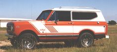 Scout II IH Rallye Stripes Decals - International Scout Parts - Scout II Parts - Your Authorized IH Lightline Dealer International Scout Parts, Beach Cars, Charcoal Color, Colorful Pictures, Hot Cars, Transportation, Ih, Stripes, Classic