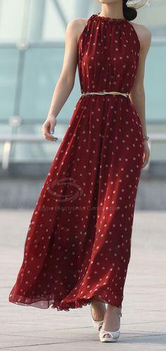 Maxi vestido rojo con cuello alt halter y cinturon