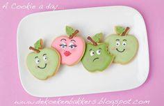 Adorable apple cookies...