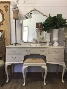 Vintage French Queen Anne Dressing Table & Stool