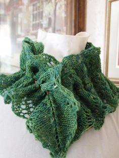 Vine Cowl PDF Hand Knitting Pattern by KnitChicGrace on Etsy, $4.50