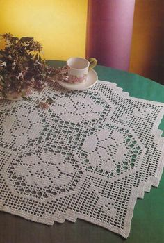'Four Part Harmony' in Filet Crochet ~ Free pattern and chart - pattern is over 2 pages...