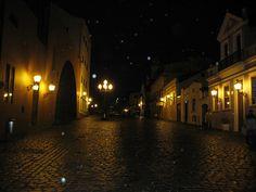Rainy night at Largo da Ordem, Curitiba