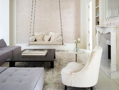 Take a look at the gorgeous NYC apartment of Gwyneth Paltrow designed in collaboration with design team Roman and Williams. The quiet attention to the well-made and hand-perfected allows for a lightness in spirit. New York Penthouse, New York City Apartment, Gwyneth Paltrow, New Yorker Stil, Loft Stil, Roman And Williams, Indoor Swing, New York Homes, Apartment Ideas