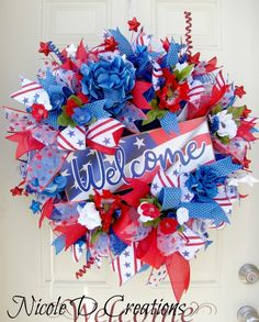 Welcome of July Wreaths for front door- Front door Patriotic Wreaths - Deco Mesh Wreath- Front Door Wreath- Americana Wreath Spring Door Wreaths, Deco Mesh Wreaths, Wreaths For Front Door, Ribbon Wreaths, Mesh Wreath Tutorial, Diy Wreath, Wreath Ideas, Wreath Making, Patriotic Wreath