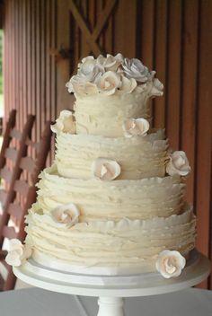 YES I am loving this look - Ruffled Wedding Cake