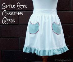 Simple Retro Christmas Apron | Skip To My Lou. I want to make a dozen of these.