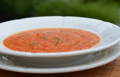 Chilled Roasted Red Pepper Soup - Once Upon a Chef Bell Pepper Soup, Roasted Red Pepper Soup, Stuffed Pepper Soup, Stuffed Peppers, Lunch Recipes, Soup Recipes, Vegan Recipes, Dinner Recipes, Vegan Soups