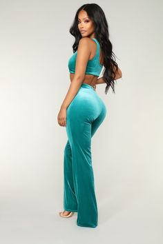 Walking On Cloud 9 Velvet Set - Teal – Fashion Nova Sexy Outfits, Fashion Outfits, Summertime Girls, Thick Girl Fashion, Natural Hair Styles For Black Women, Fashion Nova Models, Cut And Style, Feminine Style, Cloud 9