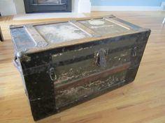 makeover for old metal trunk........looks exactly like mine!