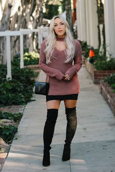Knee high and over-the-knee boots certainly are a great shoe design to assist switch each of your mini evening wear and mini skirt into the cooler weeks. over the knee boot outfit night Thigh High Boots Outfit, Over The Knee Boot Outfit, Knee Boots, Skirts With Boots, Dress With Boots, Black Lace Skirt, Dress Black, Sexy Outfits, Winter Outfits