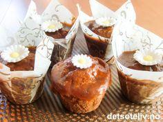 Vanilla Date Caramel Cupcakes