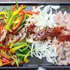 This simple and healthy 30 minute Sheet Pan Chicken Fajitas comes together in no time. One of the best dinner options.