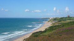 Bidart, chemin du littoral secteur Erretegia. Biarritz au loin.