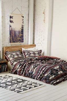 Merveilleux Bohemian Bedroom Decorating Idea With Bold Aztec Patterns