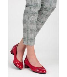 Casual topánky na nízkom podpätku T101-19R Heeled Mules, Suits, Heels, Casual, Fashion, Heel, Moda, Fashion Styles, Suit