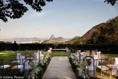 Well sure… Its just an Outside Wedding in Rio…. No big deal! :))))