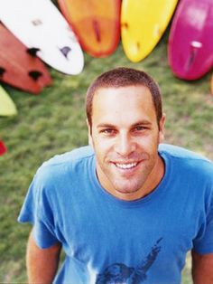 Jack Johnson - musician and a surfer dude...It's all about good vibes. Who wouldn't love to be like him? :)