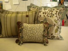 Beautiful ensemble of accent pillows. Judy Peters, www.palmettodrapery.com