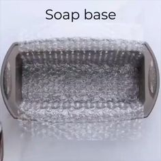 Diy Projects Videos, Craft Videos, Diy Videos, Diy Beauty Supplies, Homemade Soap Recipes, Soap Base, Craft Corner, Crafty Craft, Crafting
