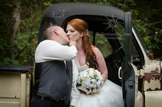 Wedding photography, wedding photo ideas, wedding portrait, kiss, reflections by jess