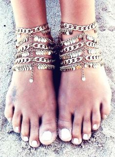 Ankle+chain,+Ankle+bracelet,+Coachella+style,+Coachella+accessories,+Coachella+looks,+Coachella+fashions