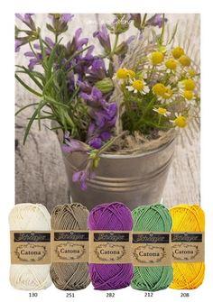 Bekijk de foto van MrsHooked - Kleurinspiratie met als titel Kleurinspiratie - Kamille. Kleuren katoen van Scheepjeswol om te haken of te breien. Off white - bruin - paars - geel en groen en andere inspirerende plaatjes op Welke.nl.