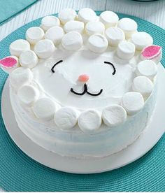 Easy Lamb Cake – for Easter! No need for a special cake pan for our Easy Lamb Cake! The adorable cake is as easy as it is delicious and soon to be the centerpiece of your Easter dessert table. Holiday Treats, Holiday Recipes, Family Recipes, Recipes Dinner, Holiday Parties, Lamb Cake, Kraft Recipes, Cake Recipes, Kraft Foods