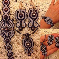 #mulpix У меня новый комплект. Браслет, серьги и подвеска из речных темных жемчужин и чешского бисера. Продается.  #ручнаяработа  #рукоделие  #вышивка  #винтаж  #бижутерия  #бижусутаж  #бисер  #красота  #сутаж  #серьги  #сделановручную  #сутажноеукрашение  #hobby  #handmade  #vintage  #bijou  #soutache  #soutachemania  #soutachejewelry  #вналичии