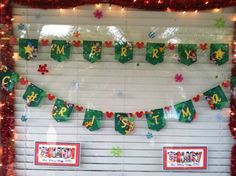 Photos of Guest Decorated Windows - Page 29 - The DIS Discussion Forums - DISboards.com